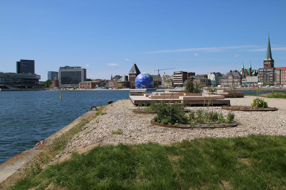 Городской парк - пермакультура Купола Видения в гавани Орхуса