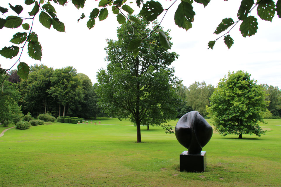 Скульптура Открытое сердце / Åbent hjerte, которую сделал принц Хенрик