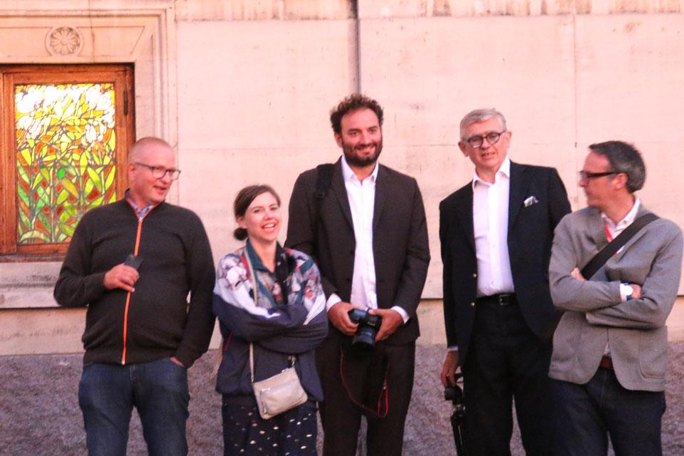 Мигель Шевалье перед открытием виртуального шоу Сила цветов
