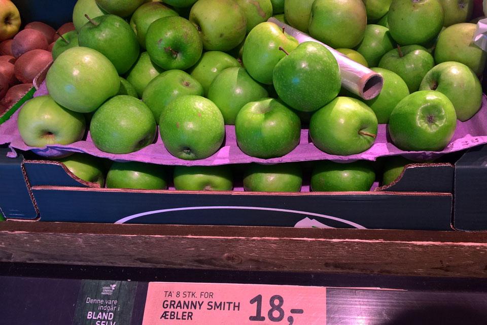 Сорта яблок в магазинах Дании: Гренни Смит - Granny Smith