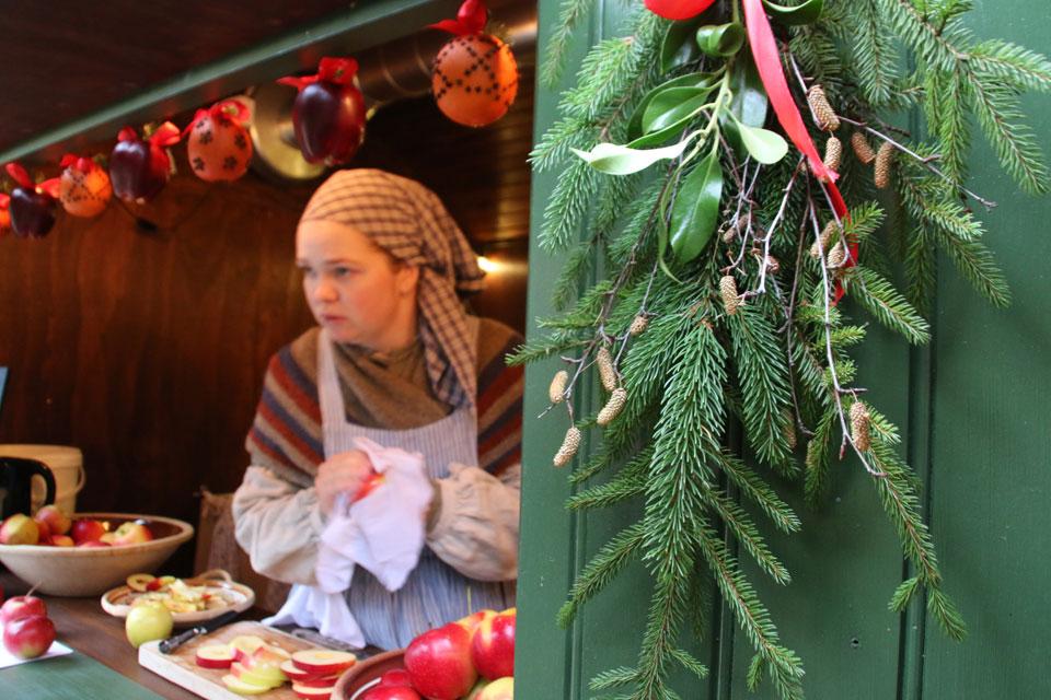 В Старом Городе перед рождеством готовят старинные блюда