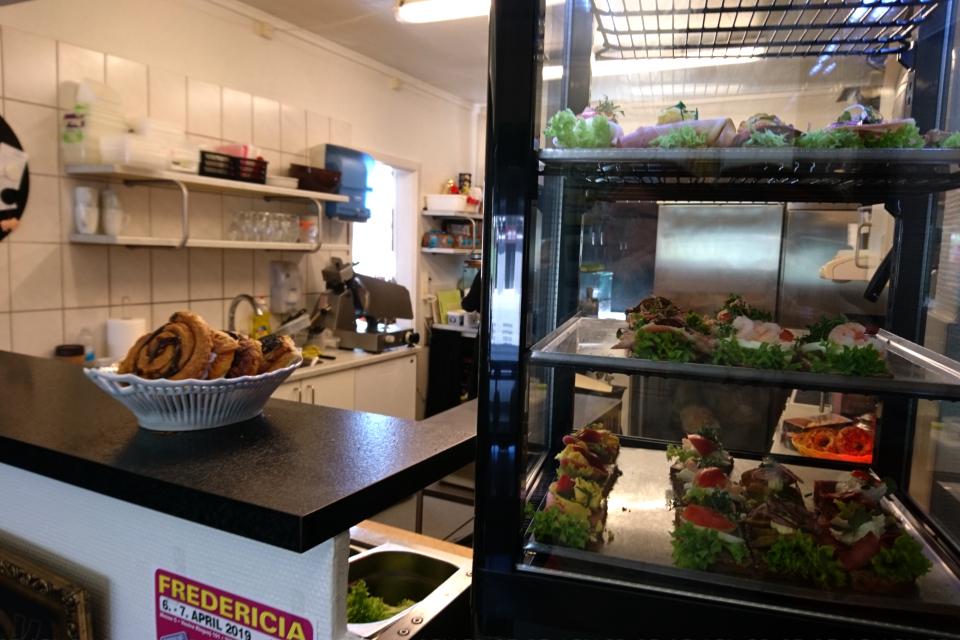 Смёрребрёд - датский бутерброд в Bel Dot Хорсенс Horsens