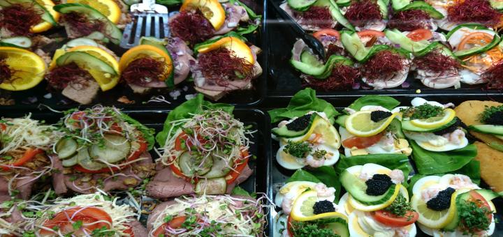Смёрребрёд - датский бутерброд smørrebrød 12mar19 kvickly viby www.florapassionis.com