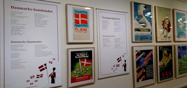 Выставка плакатов с флагом Дании Danmark Den Gamle By Aarhus 7feb2019 www.florapassionis.com