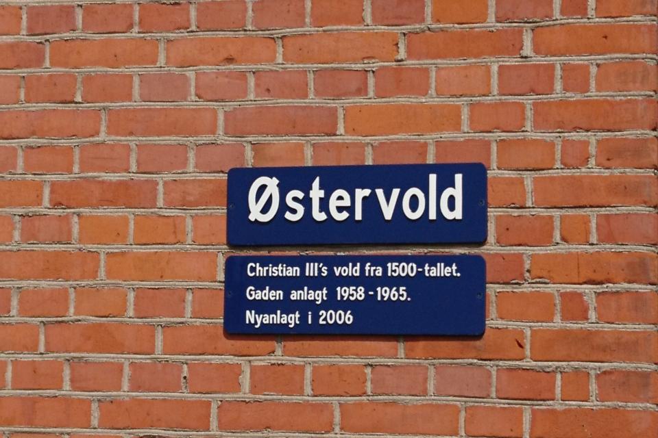 Указатель названия бульвара Остервольд (дат. Østervold), Рандерс, Дания