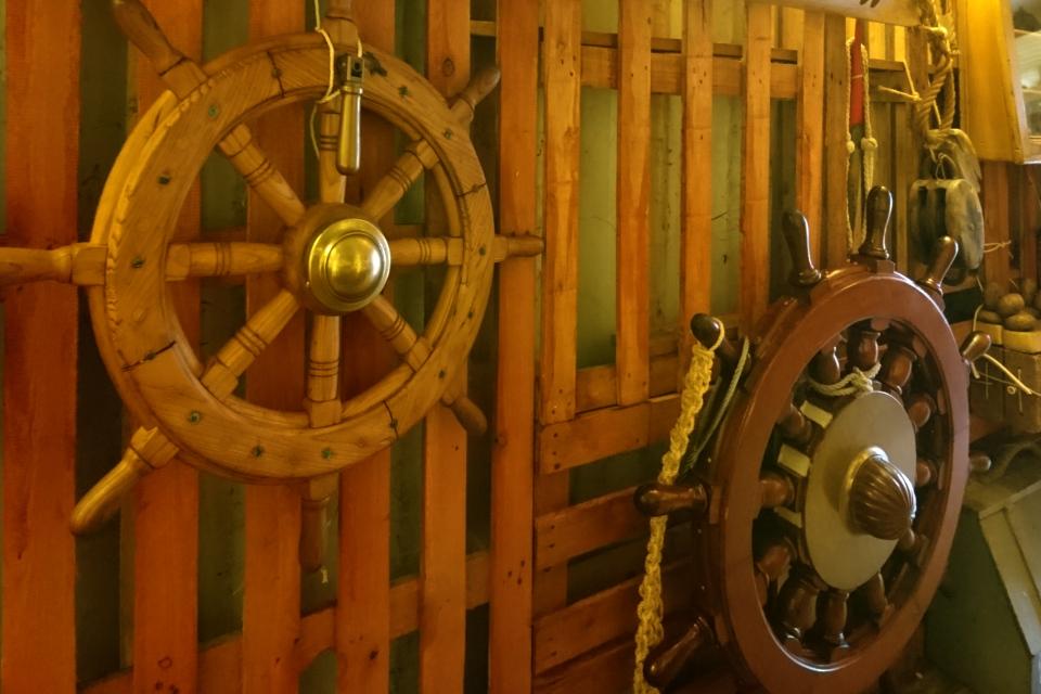 Коллекция корабельных штурвалов, Морской музей в контейнерах (Aarhus Søfarts Museum)