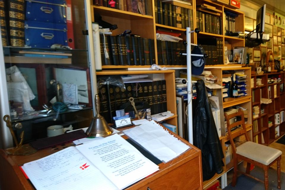 Библиотека в контейнере морского музея г. Орхус (Aarhus Søfarts Museum)