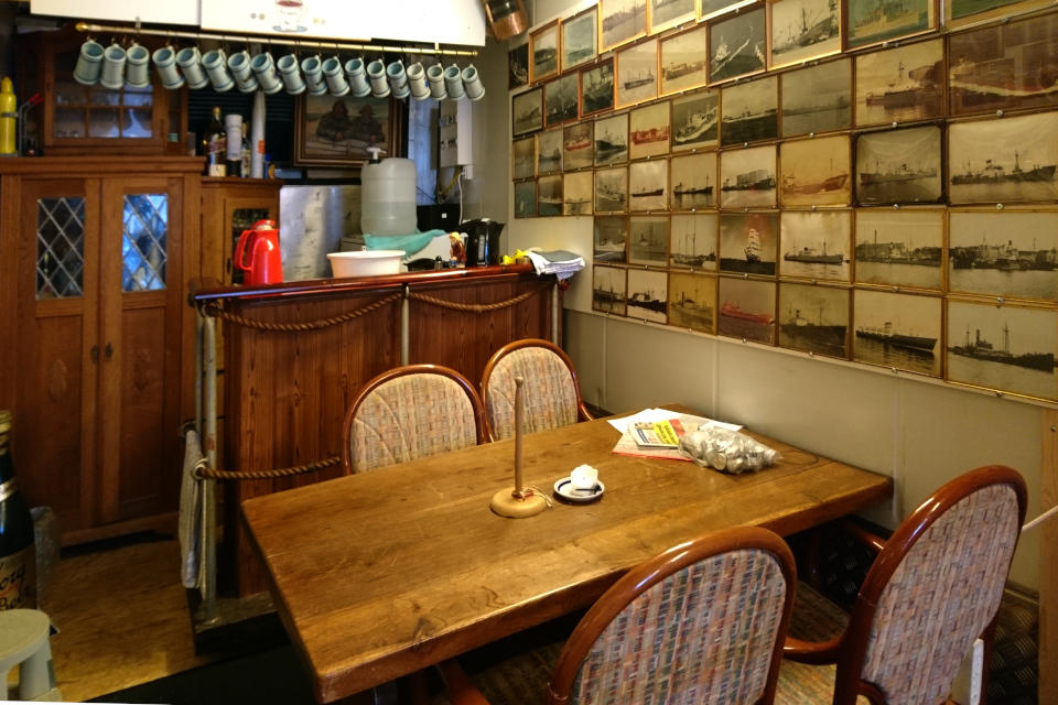Бар Москито (Mosquito Bar) в контейнере морского музея (Aarhus Søfarts Museum)