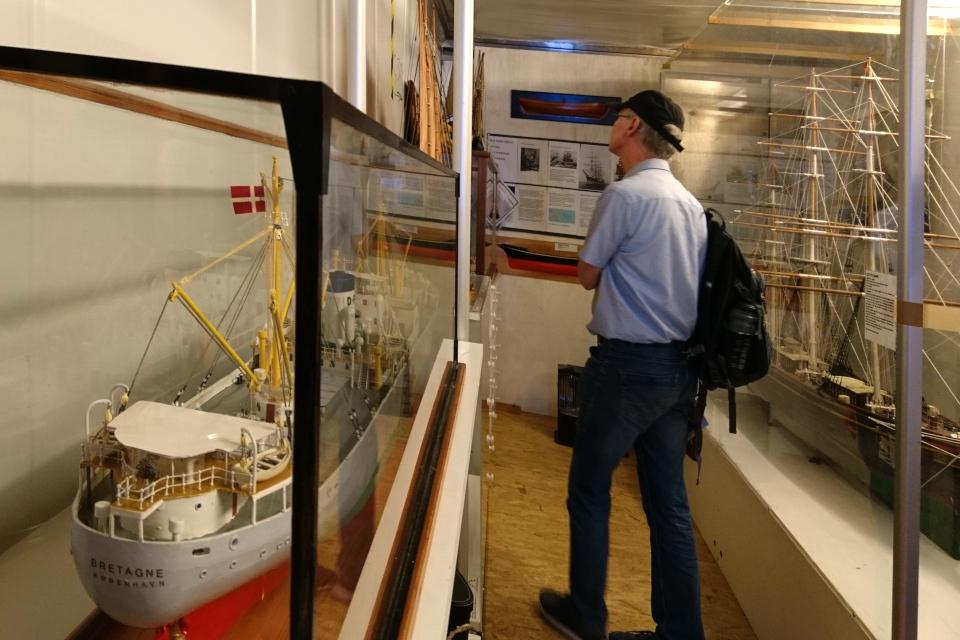 Модель корабля Bretagne. Морской музей в контейнерах, г. Орхус, Дания