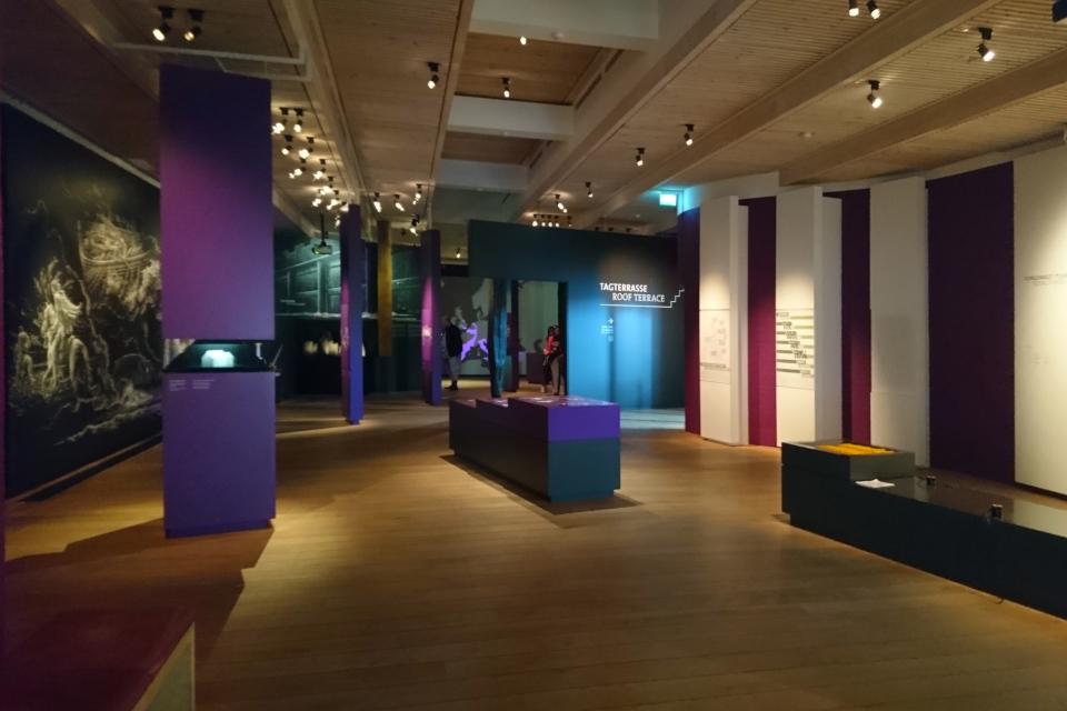 "В музее ""Дом королей викингов"". Фото 5 сент. 2019, г. Еллинг / Jelling, Дания"