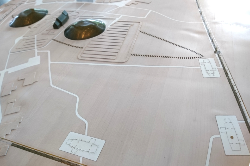 """Макет в музее """"Дом королей викингов"""", показывающий месторасположение домов"""