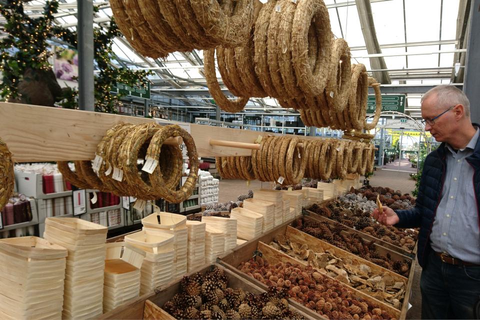Рождественский базар в Plantorama, аксесуары для венка. 22 окт. 2019, Дания