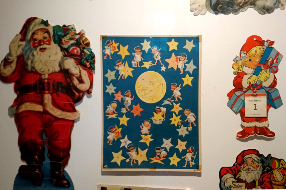 Рождественские календари с окошками и отрывной календарь, Дания