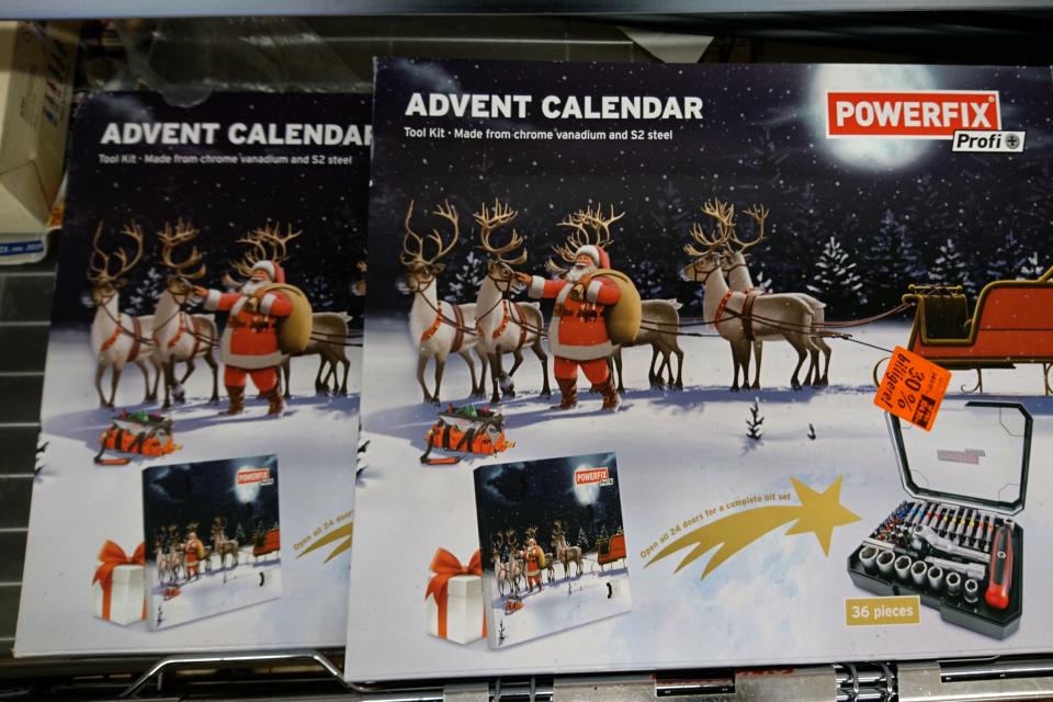 Адвент-календарь с набором гаечных ключей в супермаркете