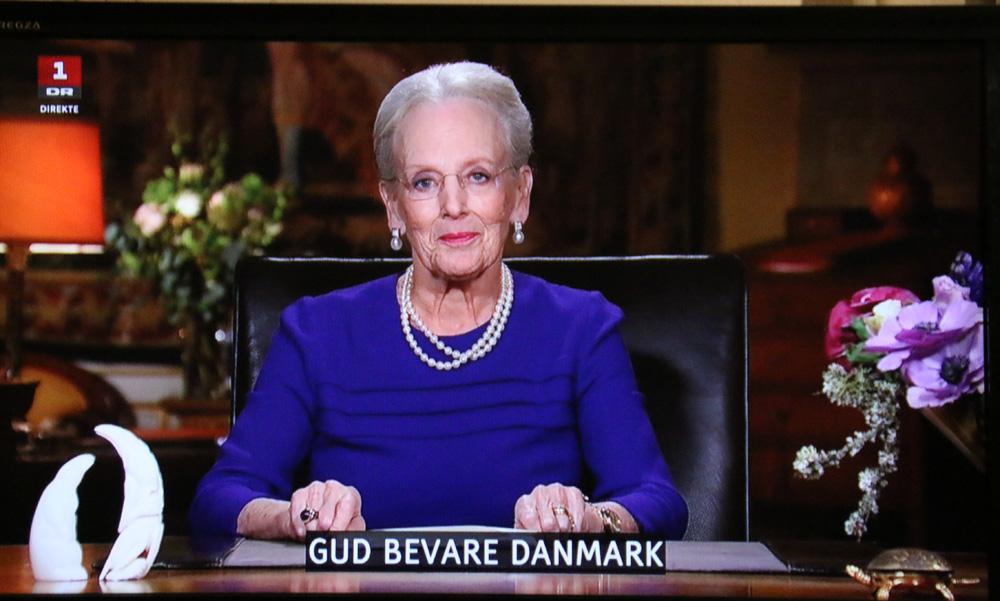 """Традиционная заключительная фраза - """"Бог береги Данию""""/ Gud bevare Denmark"""
