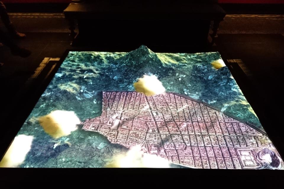 Карта города Помпеи, вид сверху. Фото 28 нояб. 2019, выставка в музее Мосгорд