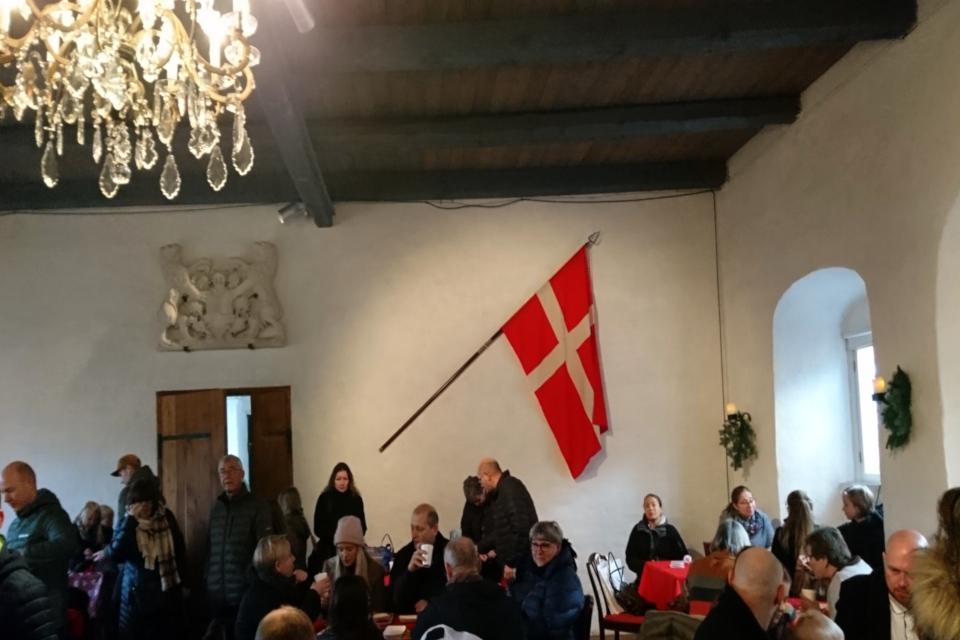 В рыцарском зале замка Ульструп / Ulstrup slot, Дания