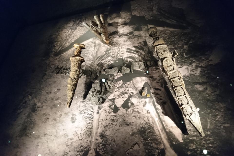 Остатки римского солдата и его снаряжения, найденные на берегу Помпеи, 1 в. н.э.